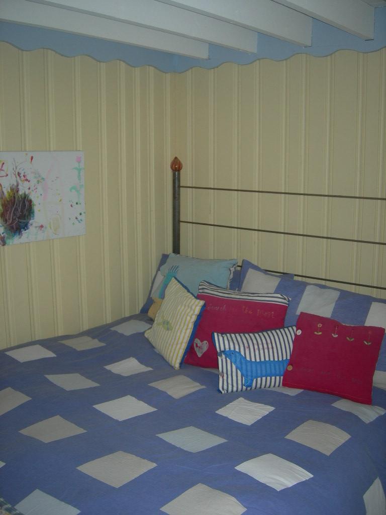 SHACK BED