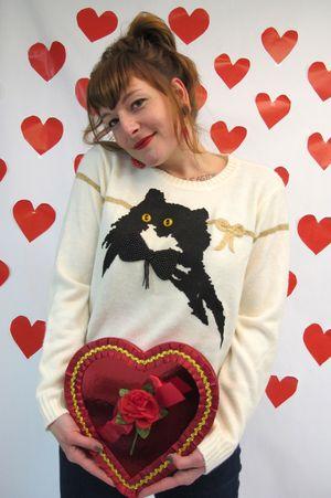 Cat_bow_3