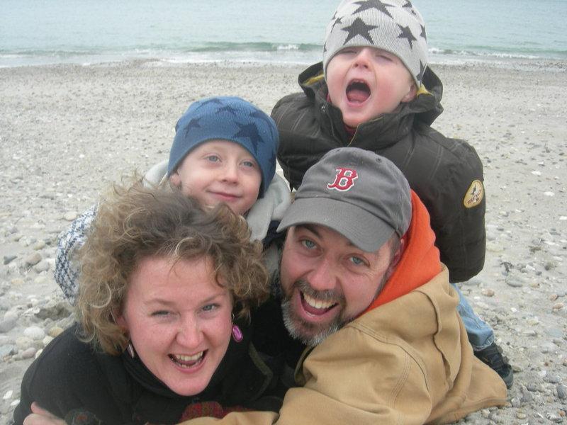Holiday_family__card_2007_2